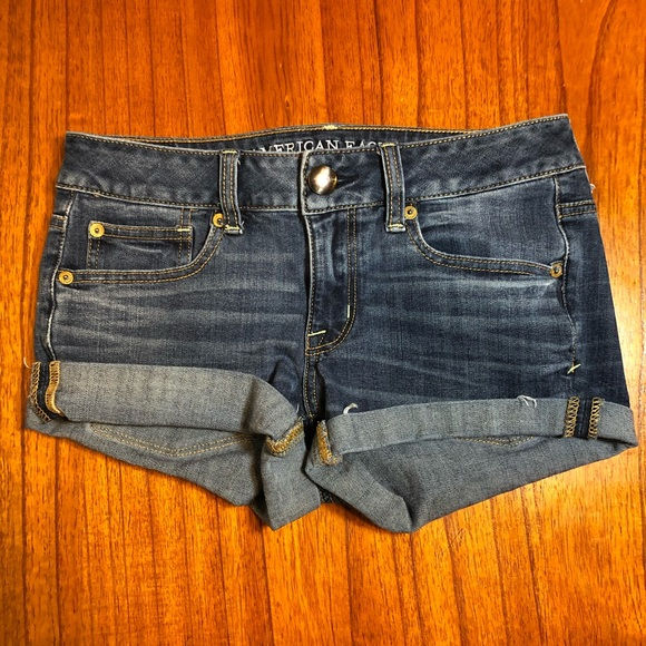 American Eagle shortie rolled jean shorts